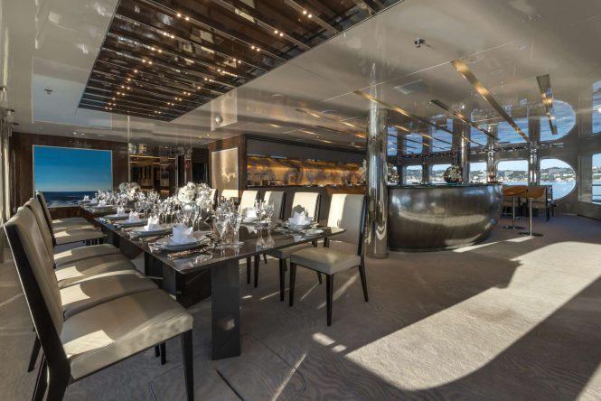Elegant dining area with modern decor