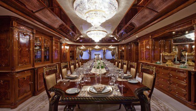 Elegant dining saloon