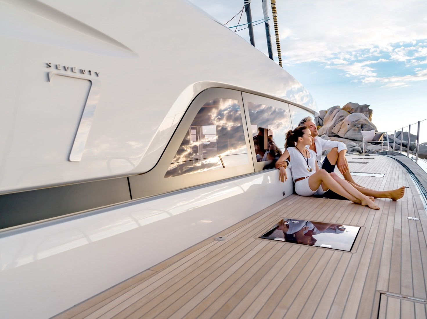 Enjoy a fantastic Caribbean vacation this winter and join the luxurious yacht charter world