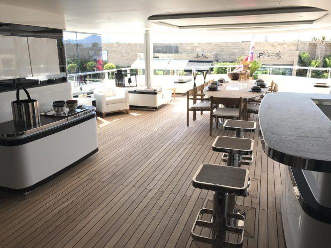 Fantastic sun deck
