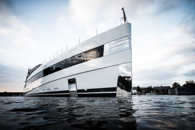 Feadship launch Project 814
