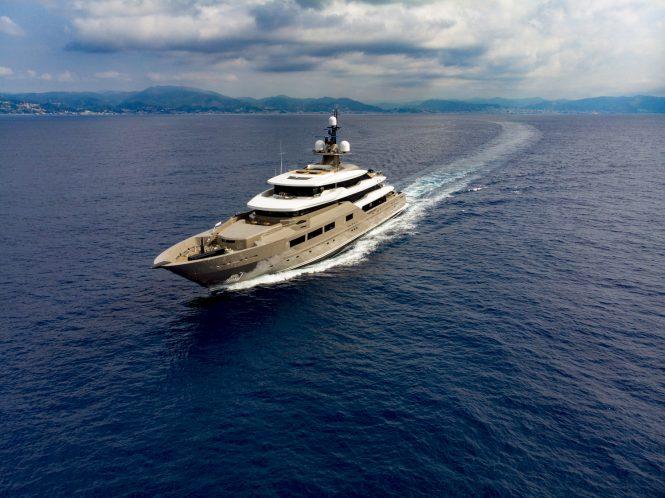 Luxury motor yacht SOLO cruising