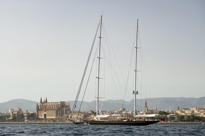 Luxury sailing yacht AQUARIUS by Royal Huisman