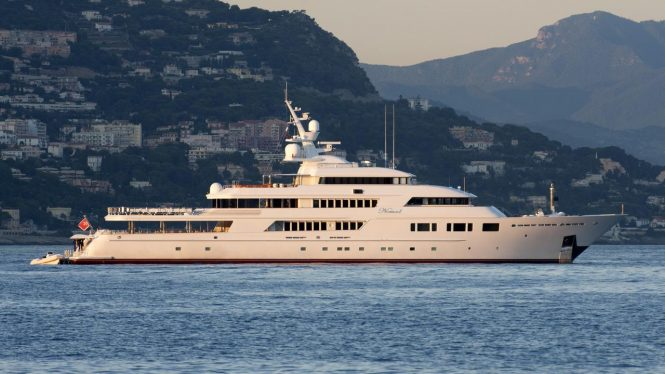 Luxury yacht NOMAD