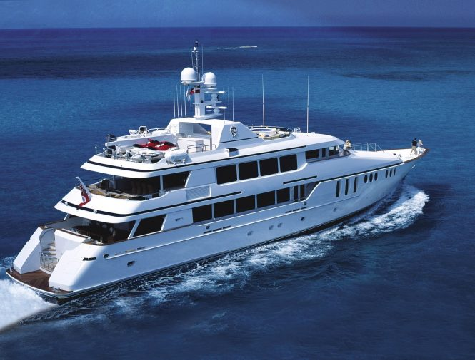 Motor yacht CLAIRE available in Florida and the Bahamas
