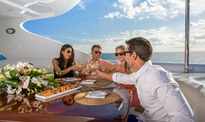 RELAXED ATMOSPHERE ON THE AFT DECK