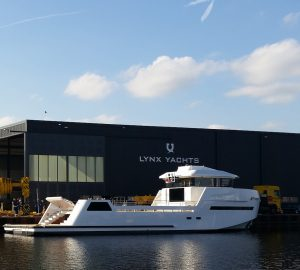 First YXT 24 Evolution yacht by LYNX YACHTS hits water