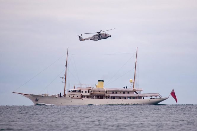HAIDA - classic yacht with helicopter
