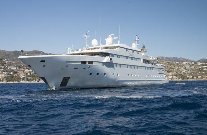 LaurenL mega yacht