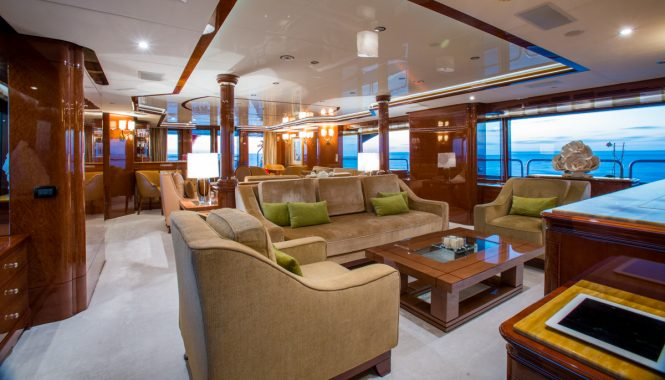 Luxurious modern classic saloon with plenty of seating