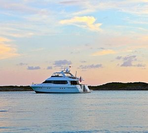 Reduced charter rates for 23m Bahamas motor yacht COMPANIONSHIP