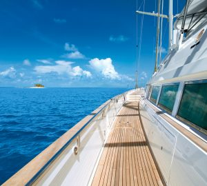 Sensational Christmas and New Year Yacht Charter Choices in the Caribbean & Bahamas