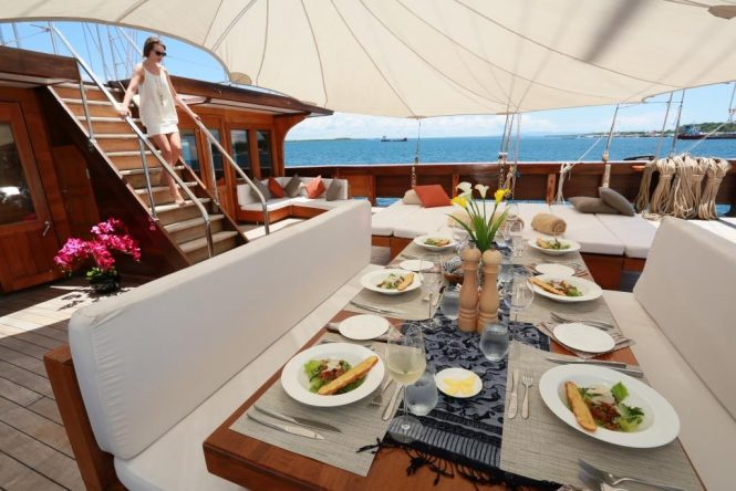 Sailing ketch LAMIMA - Alfresco dining prepared by your professional onboard crew