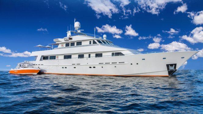 LIONSHARE motor yacht