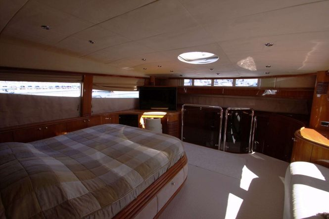 Master suite on main deck