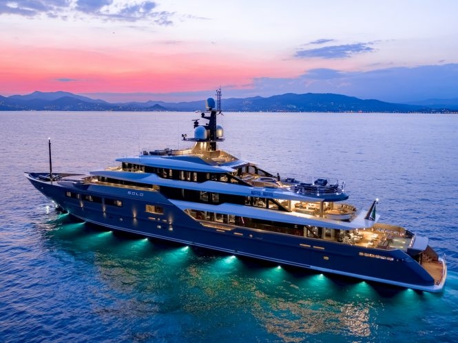 Superyacht SOLO by Tankoa with lights