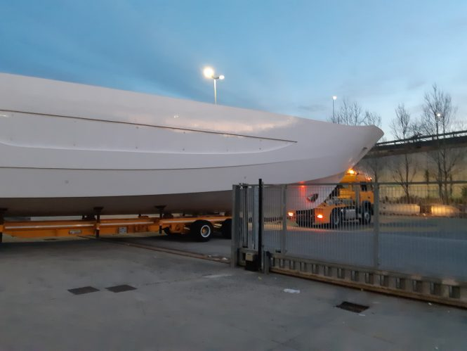 Luxury yacht AMER CENTO being transported