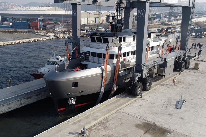 Motor yacht AUDACE launched in Italy