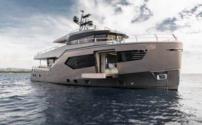 Motor yacht ROCK