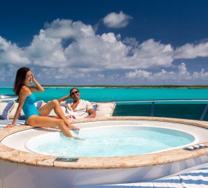 Last minute reduced rate in the Bahamas with charter yacht LADY JOY