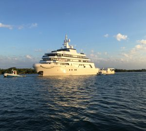 Photos of 91.4m DANAH VOYAGER yacht on her way to Tampa