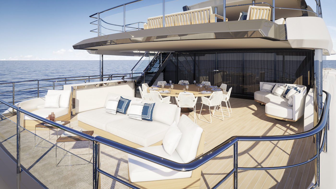 Benetti Diamond 145 aft seating and dining