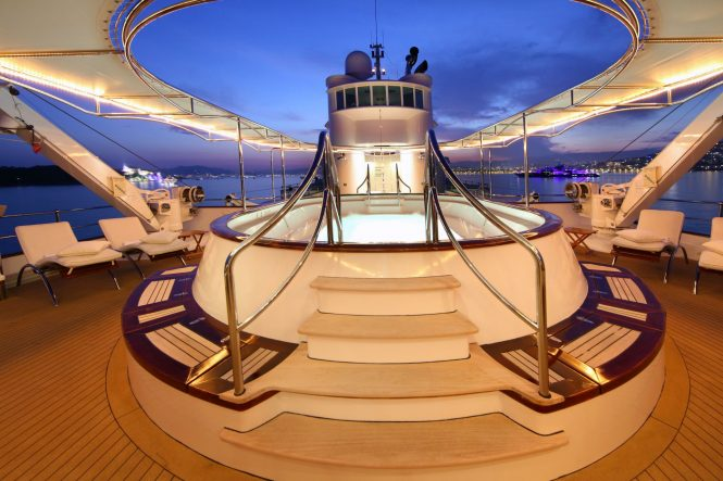 Fantastic sun deck with a Jacuzzi spa pool