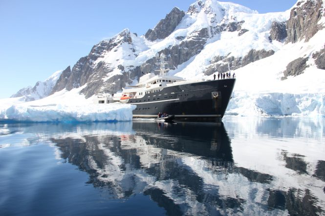 LEGEND in Antarctica - Photo © Nicolas Benazeth : CharterWorld.com