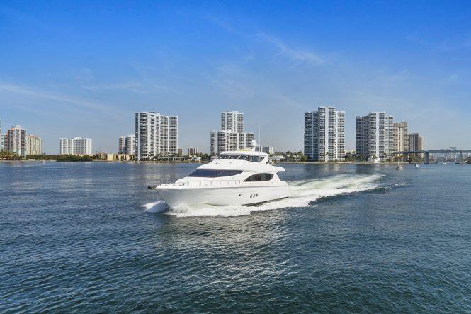 Luxury motor yacht PNEUMA