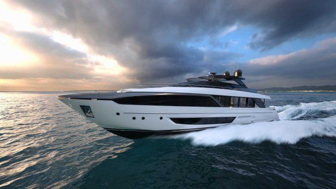 RIVA motor yacht DOLCE VITA