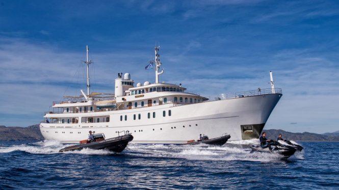 SHERAKHAN superyacht