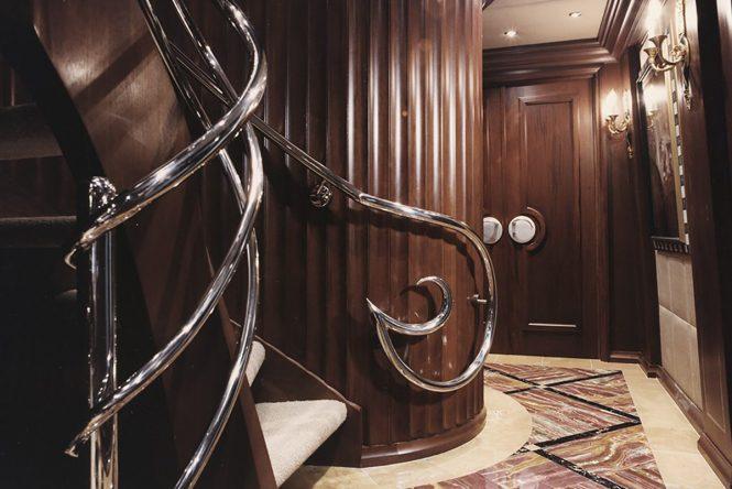 Stairwell - © Marc-Michaels Interior Design