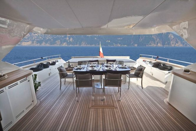 Alfresco dining area for the complete Mediterranean experience aboard the yacht