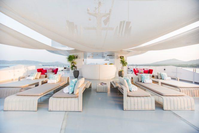 Fabulous sun deck with plenty of sunbathing space