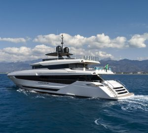 43m Motor yacht Mangusta Oceano 43 delivered
