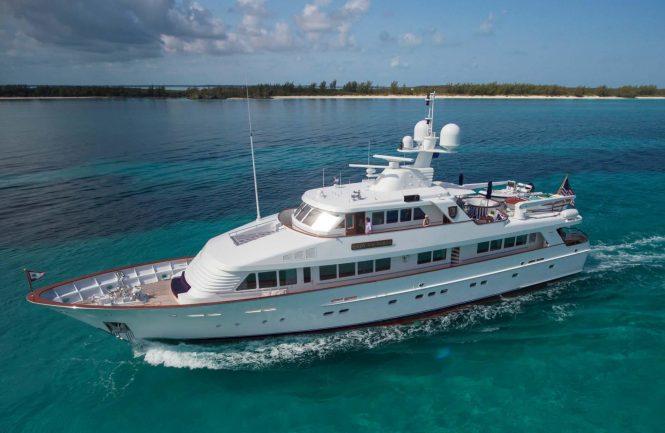 Motor yacht LADY VICTORIA