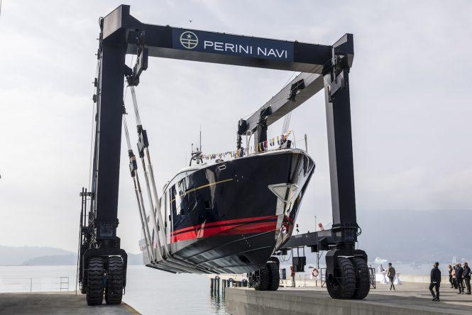 PERINI NAVI launch motor yacht ECO TENDER