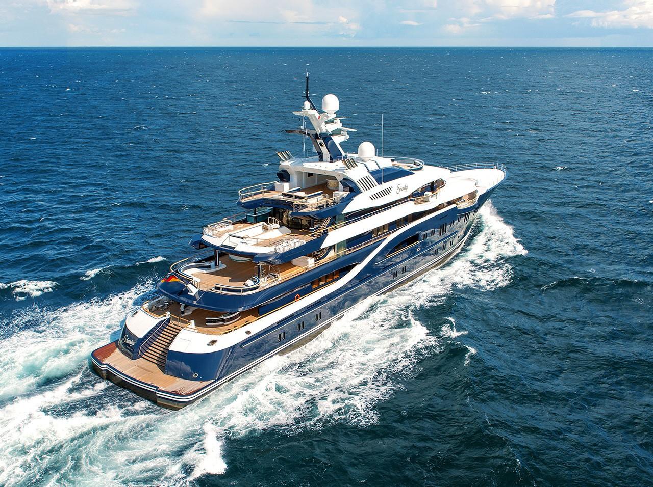 Spectacular motor yacht SOLANDGE by Lurssen