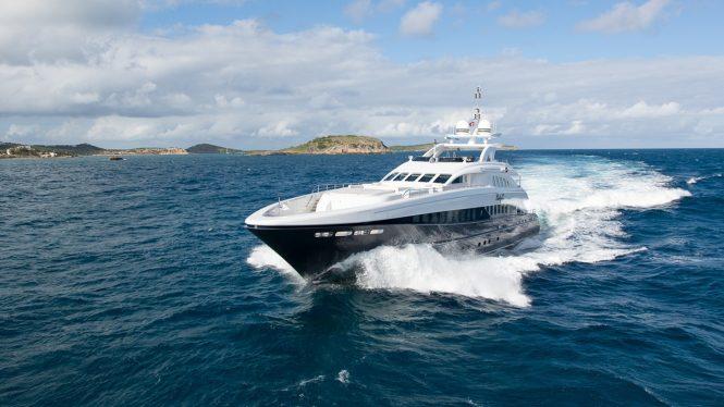Luxury motor yacht LADY L