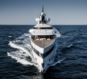 Amazing images of 93m Feadship yacht Lady S on sea trails