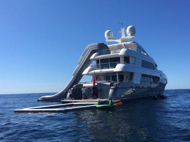 I SEA motor yacht
