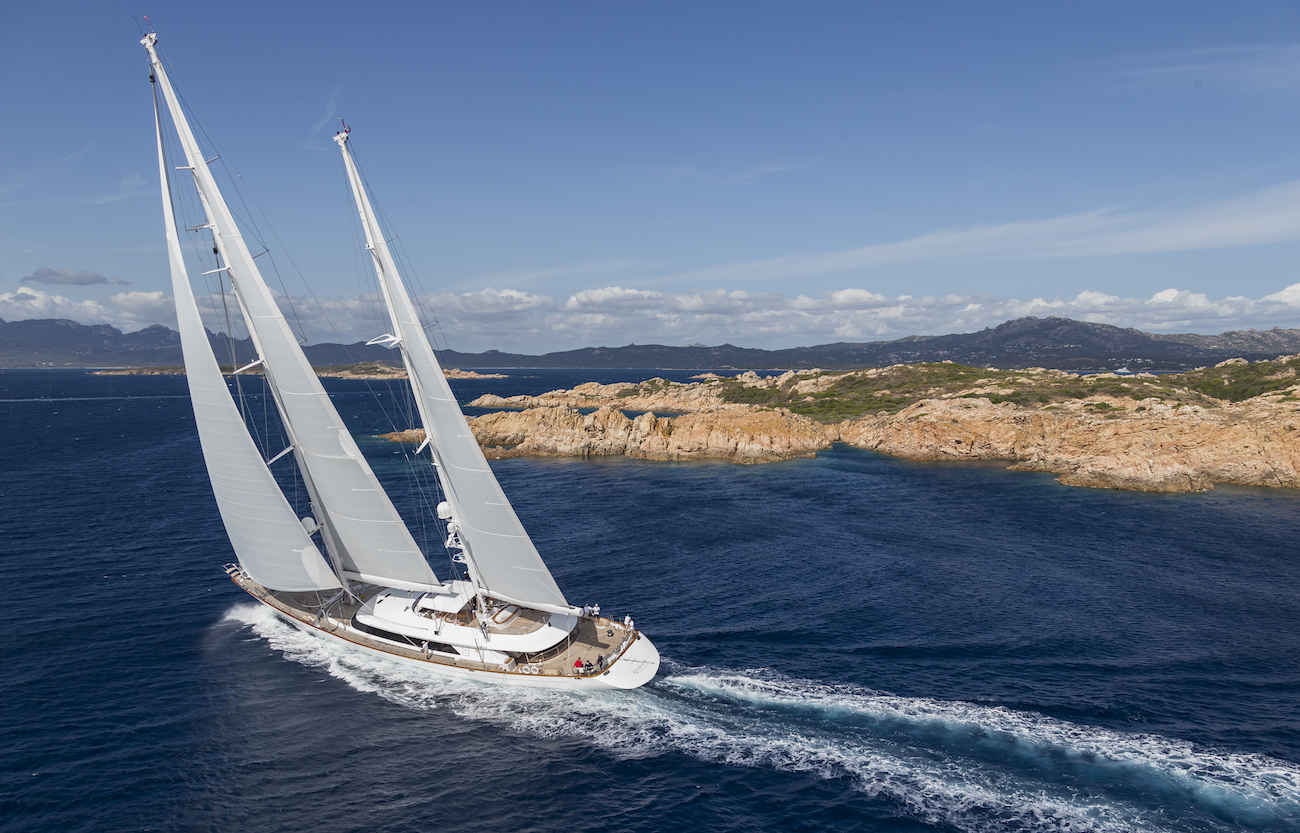 Sailing Yacht ROSEHEARTY