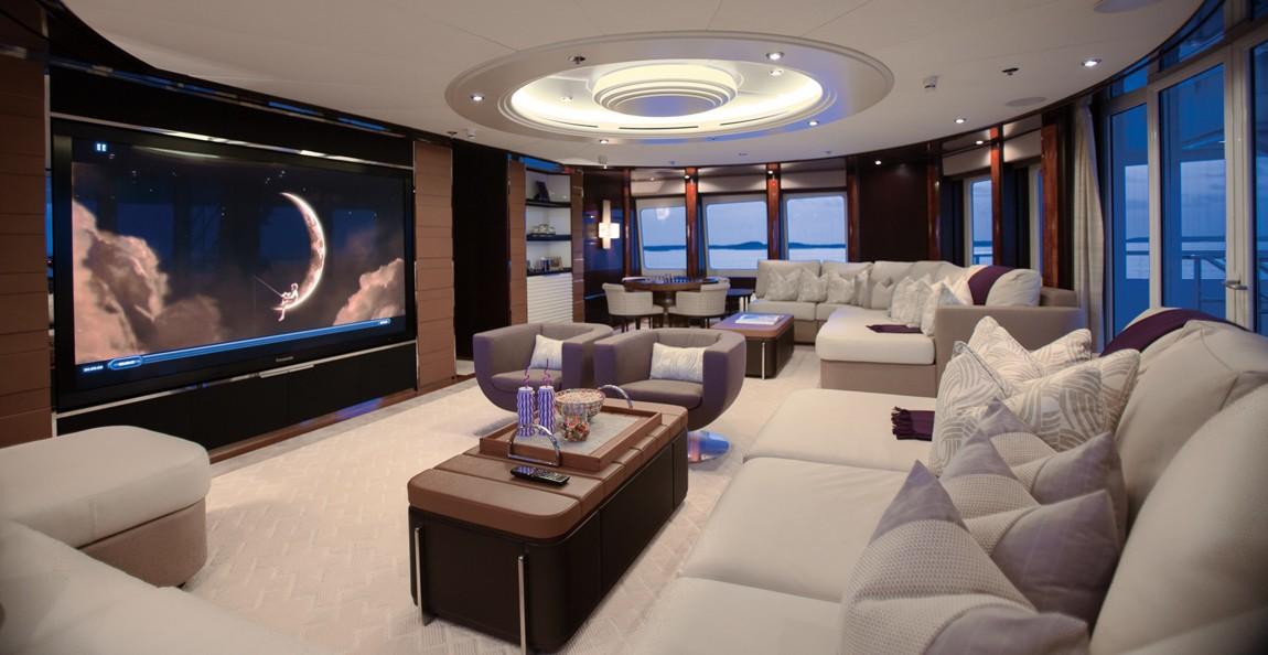 Saloon with huge tv/cinema
