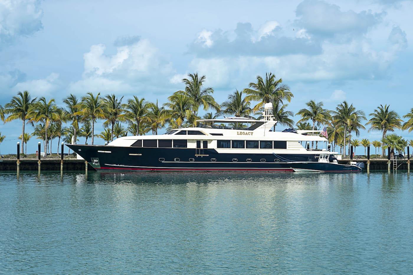 Luxury yacht Legacy