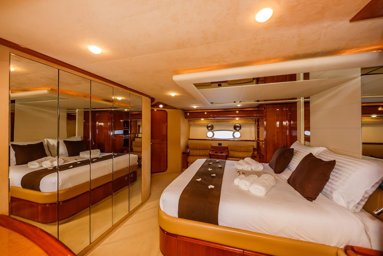 Lovely master cabin