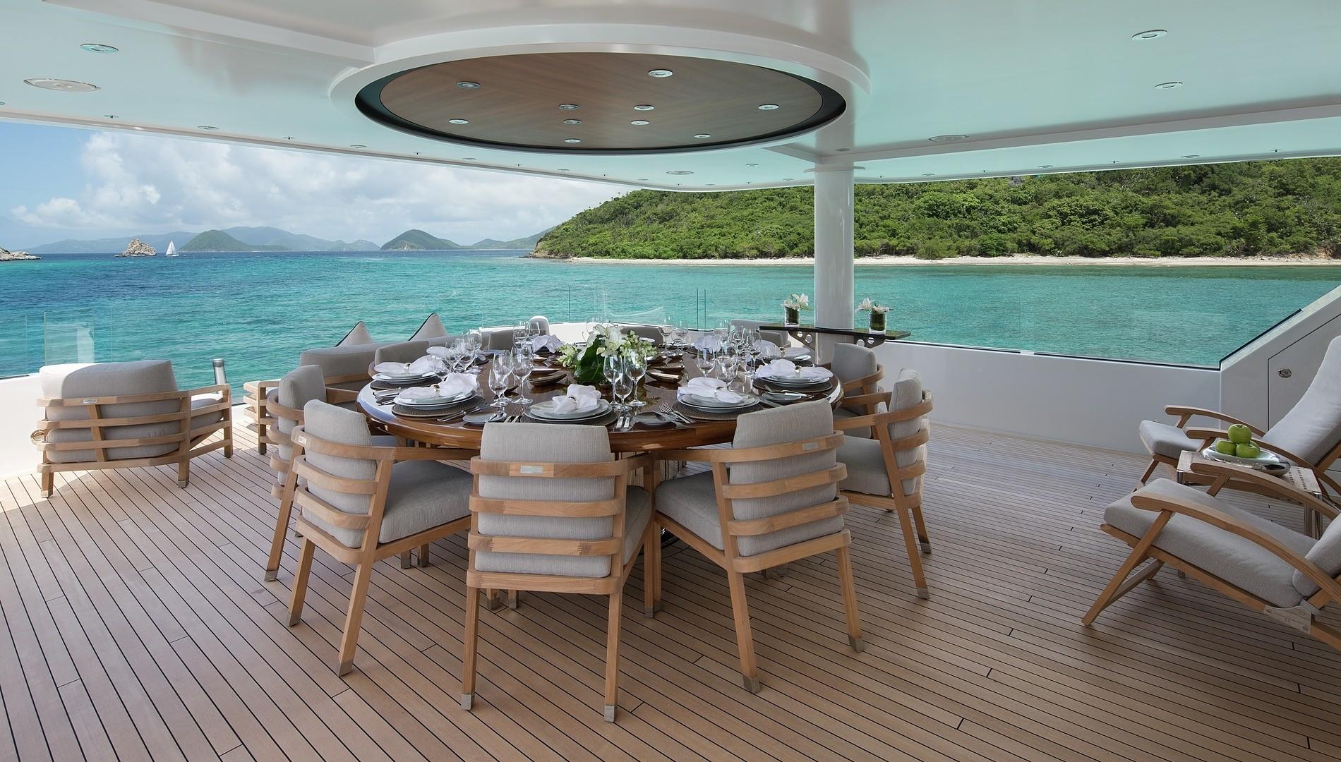 Elegant exterior dining area