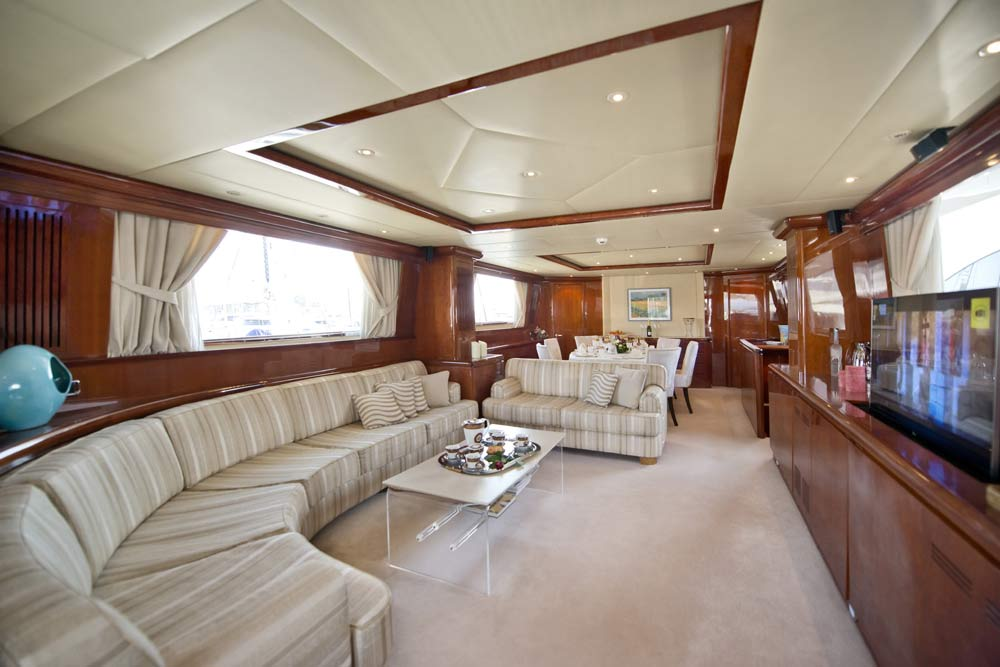 Clean and elegant design of the saloon