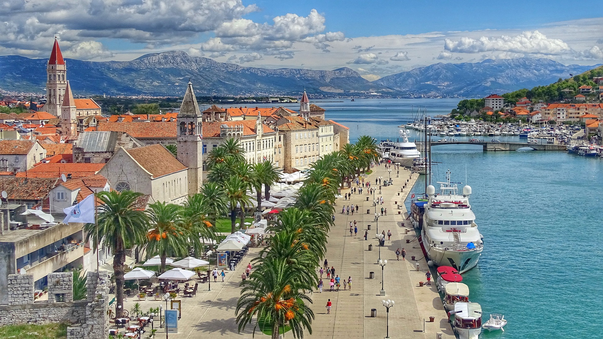 Beautiful Croatia to be discovered on superyacht charter