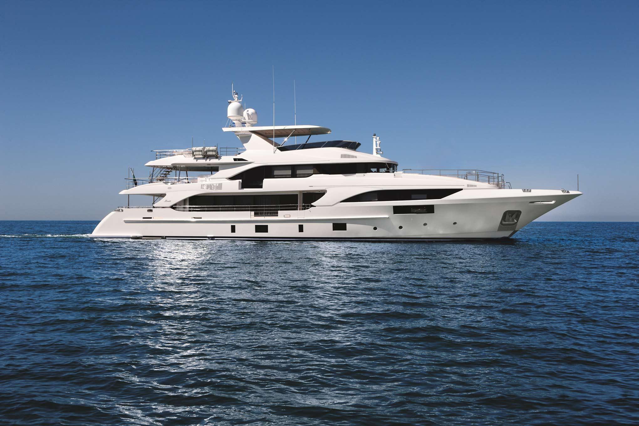Benetti Classic Supreme - sistership to superyacht HAPPY ME