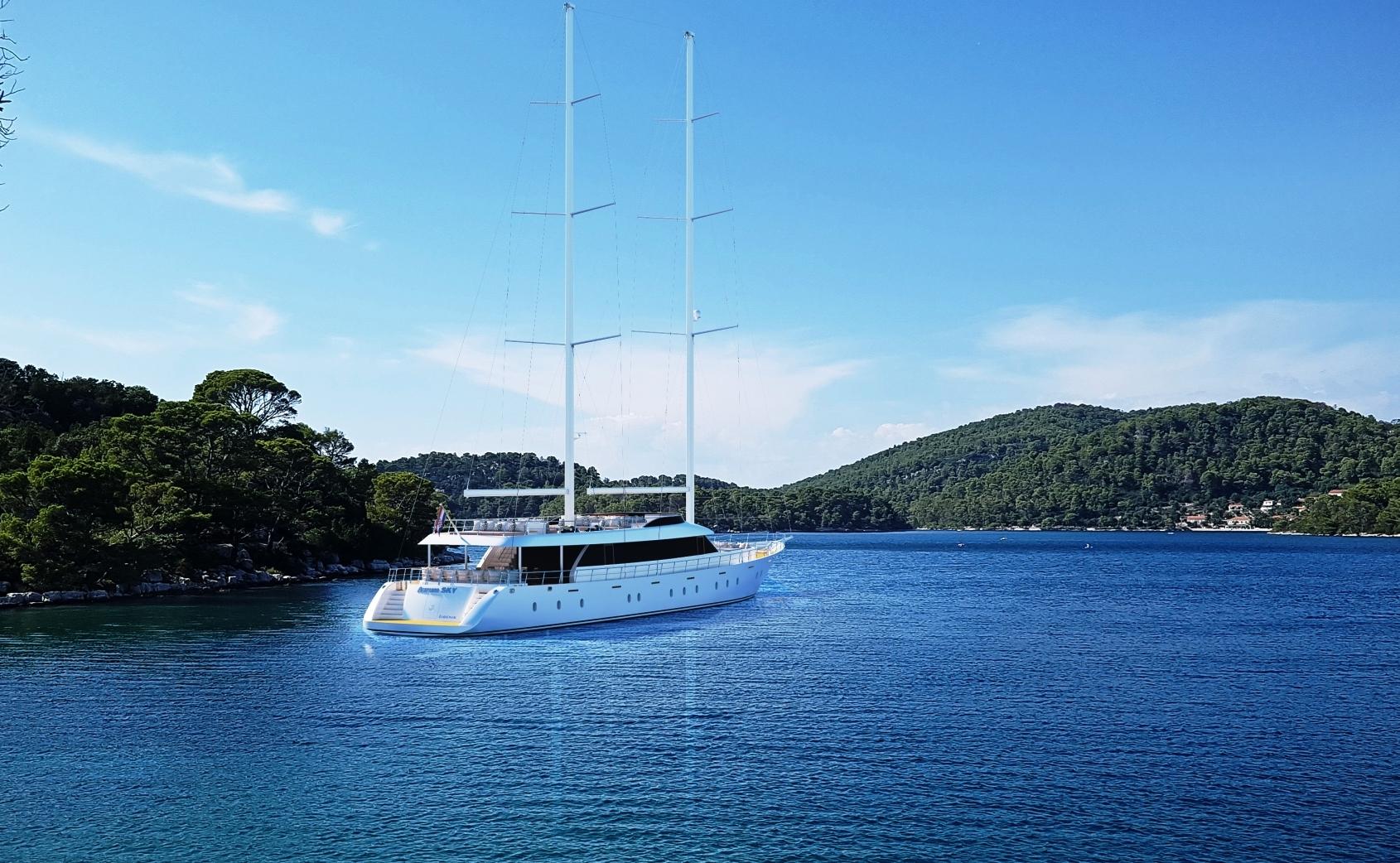 Luxury yacht Aurum Sky available for charter in Croatia